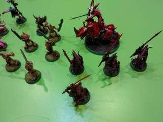 Warhammer 40k Chaos Daemons 1 herald of khorne on juggernaut, 3 flamers of tzeentch, 6 plaguebearers, 4 bloodletters, 6 pink horrors