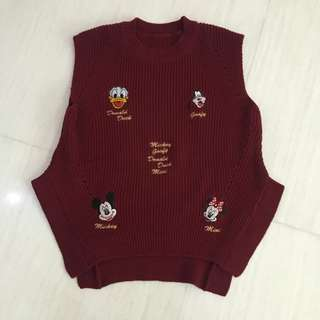FLASH SALE !!! Oversized Disney Characters Knit Vest (Brand New)