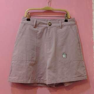 [彩色櫥窗]可愛無尾熊刺繡休閒短褲(附腰帶,紫)