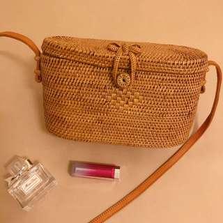 🚚 ♦️現貨♦️ 夏日時尚草編包 峇厘島手工藤包 方形草編包 藤編包 Bali Rattan Envelope Bag