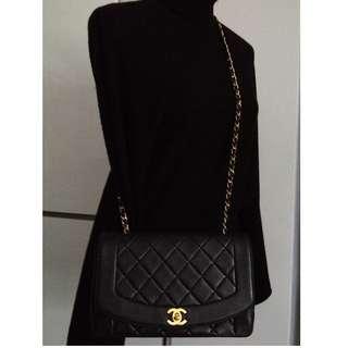 ALMOST FULL SET CHANEL Black Lambskin Diana Crossbody Shoulder Medium Flap Bag