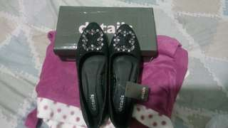 Sepatu details Uk 39