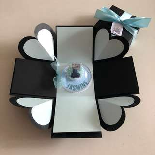 Diy explosion box with cake ornament in black , blue