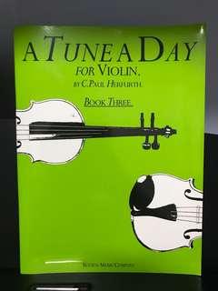 🚚 A Tune A Day for Violin (book 3)