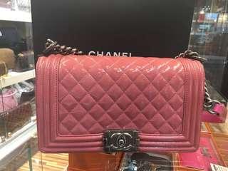 正品 95%新 Chanel Boy 25cm Pink 粉紅色漆皮菱格雙鍊上膊斜咩袋