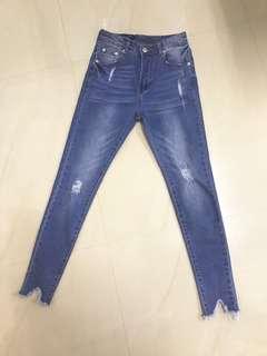🚚 轉賣littleroom 的牛仔褲 30腰 適合平常穿L的女生