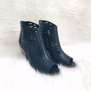 *REDUCED* Open Toe Booties