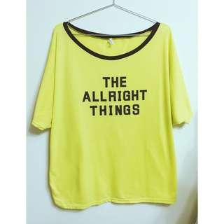 🚚 [二手]oversize螢光黃蝙蝠袖英文字母短袖上衣