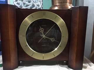 Seiko stand clock