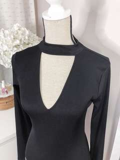 Authetic Zara sexy black bodysuit • choker neckline details • almost new used once only • soft stretch fabric