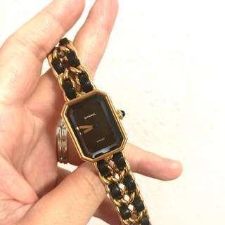 Authentic Chanel Premiere Gold Watch SIZE M