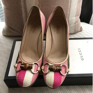 Gucci  printed canvas/leather trim high heels pump shoes  @ Size 37 Made in Italy @