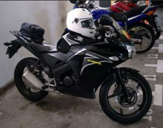 HONDA CBR150R M (NEGOTIABLE)