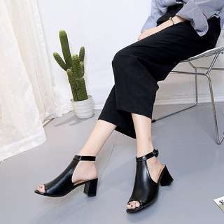 Mairana PU Ankle Clog Heels (black)