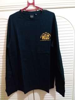 全新 澳洲牌子 男裝黑色棉料印花長tee 中碼 衫長28寸 胸闊21寸