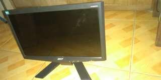 "Rush Sale Acer Led Monitor 16"""