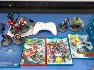 Wii U Games and Controller