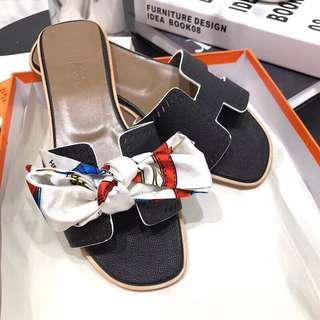 Hermes拖鞋