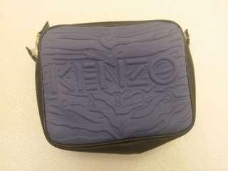 KENZO斜揹小袋