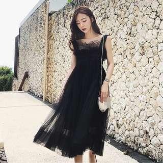 2018韓版修身吊帶網紗連衣裙2色(A)$430
