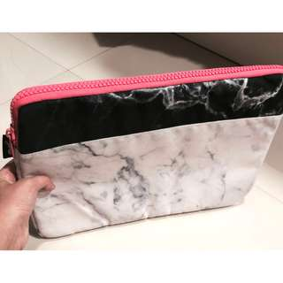13.3 Inch Laptop Bag with Black/White Marble Designs