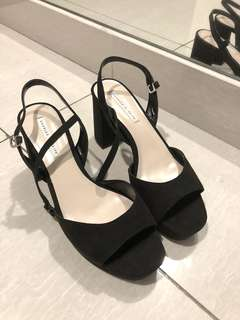Charles & Keith Black Open toe heel
