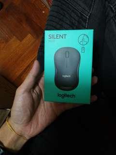 Logitech wireless M220 mouse