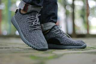 Adidas YEZY for bosku made in vietnam