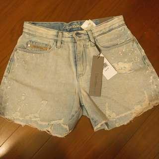 Calvin Klein cut-off midi shorts 短褲