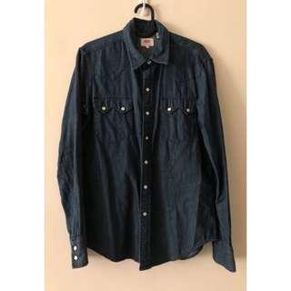 🚚 極新日本購入Levi's 牛仔襯衫