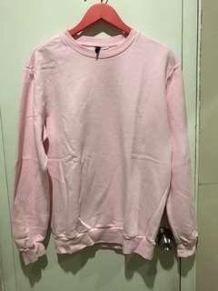 H&M Sweater (men sweater,but still looks good for girl)