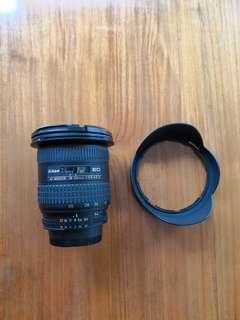 Nikon AF Zoom 18-35mm IF-ED f3.5-4.5 ultra wide angle lens