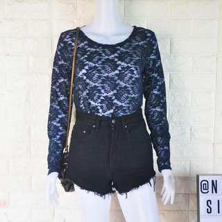 Blue lace LS top