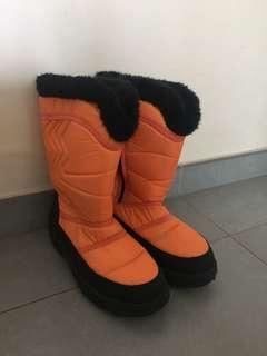 Winter boots 雪鞋 雪靴 著過去南極trip一次