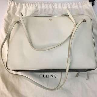 Celine handbag in black and white celine手袋黑白色 (was原價$10800)
