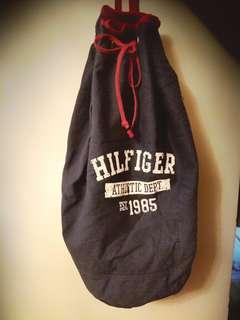 Tommy Hilfiger布背包