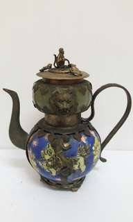 Copper animals teapot with Jade stone