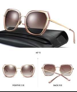 🚚 韓版新款網紅款太陽眼鏡