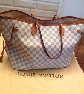 Louis Vuitton Bag (Used - $250 USD)