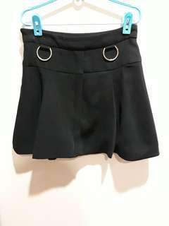 🚚 Fairebelle black skater skirt