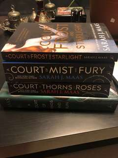 🚚 Court of Throns and Roses Series