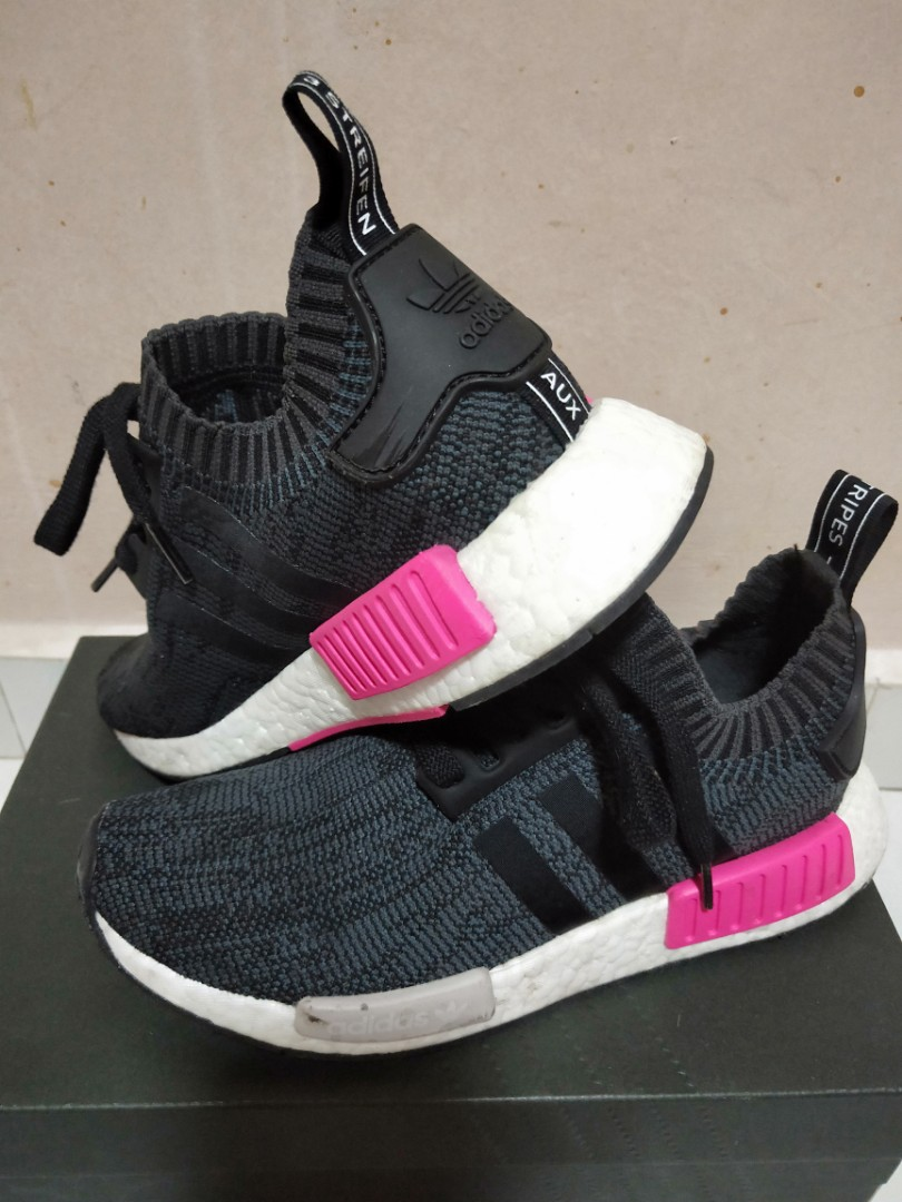 1d02d669119c6 Adidas NMD R1 Primeknit Black with shock pink