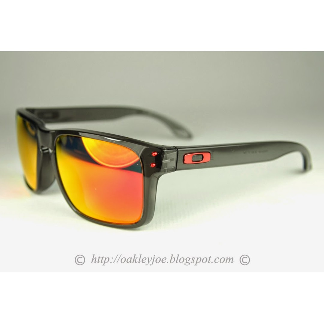 ca7635e451 BNIB Oakley Holbrook Asian Fit grey smoke + ruby iridium oo9244-04 ...