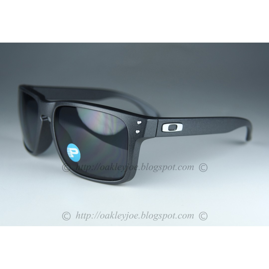 88daa8f495 BNIB Oakley Holbrook Asian Fit steel + grey polarized oo9244-12 ...