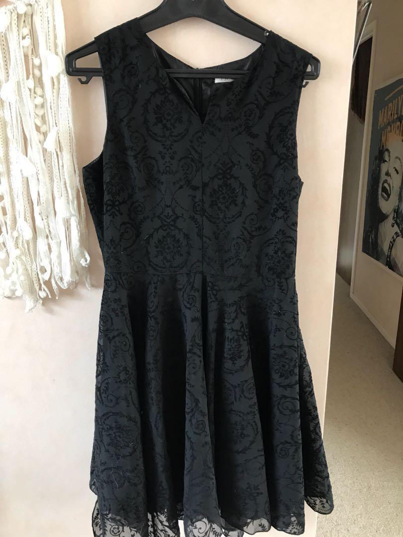 Black dress. Size 10