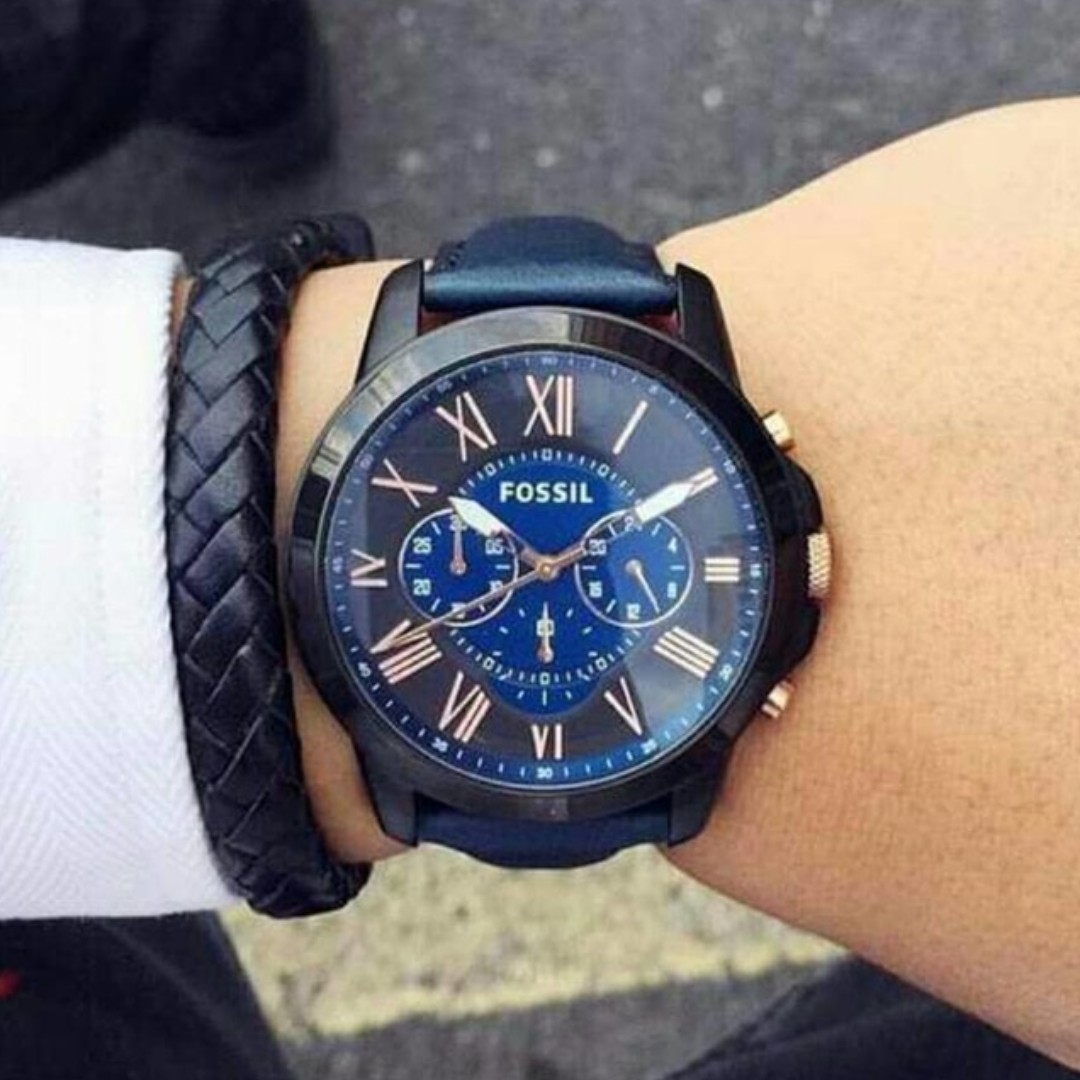 BNIB  Fossil Grant Chronograph Black and Blue Dial Blue Leather ... 86edd27e7e