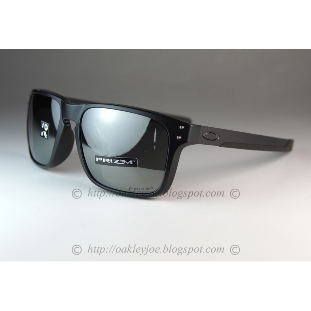 681d261539b BNIB Oakley Holbrook Mix Asian Fit matte black + black iridium ...