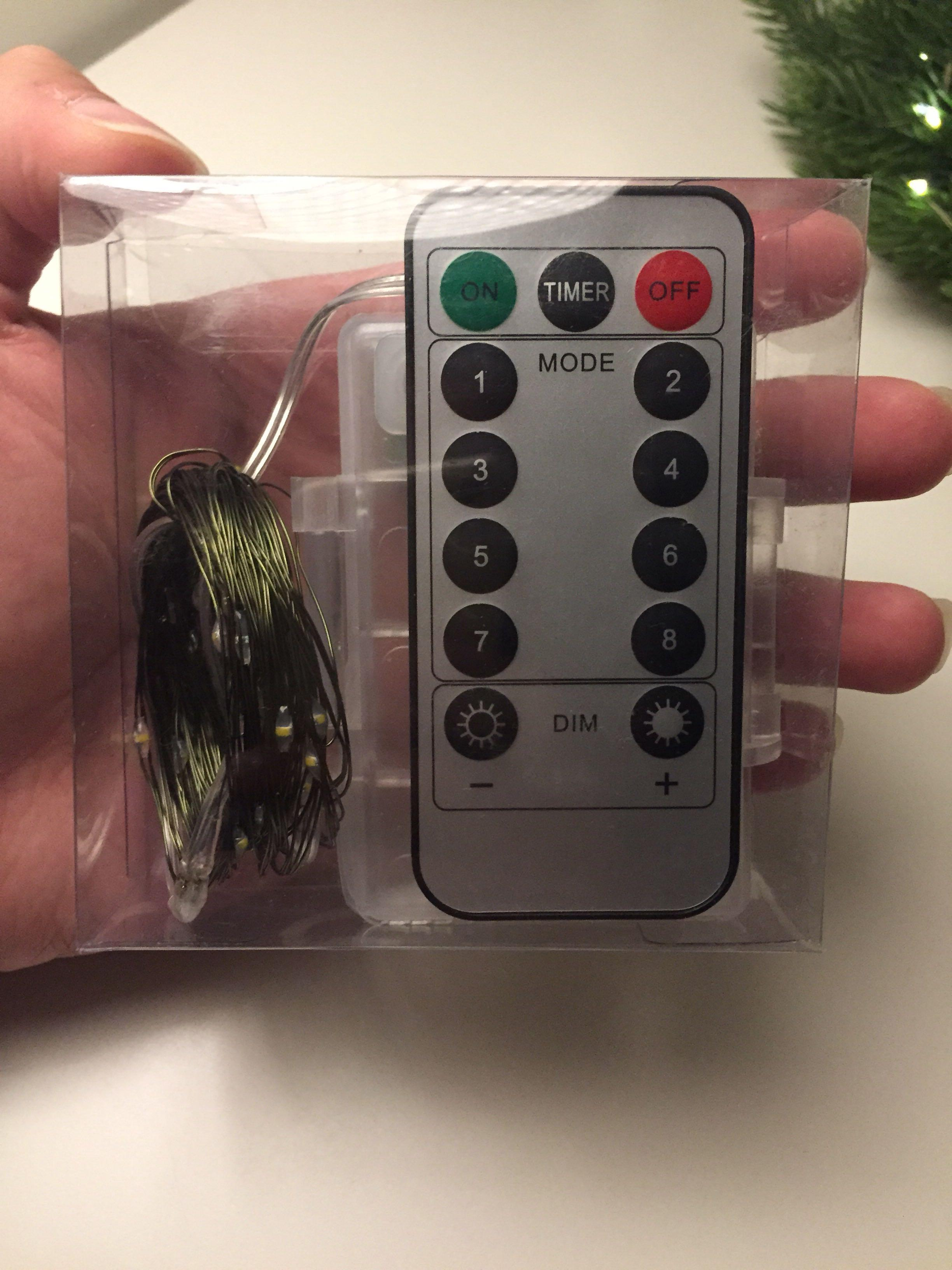 Brand New  Battery Operated 50 String Lights Green Wire with Remote Control