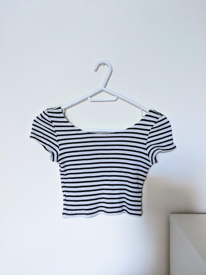 HM Striped Crop Top (Size X-Small)