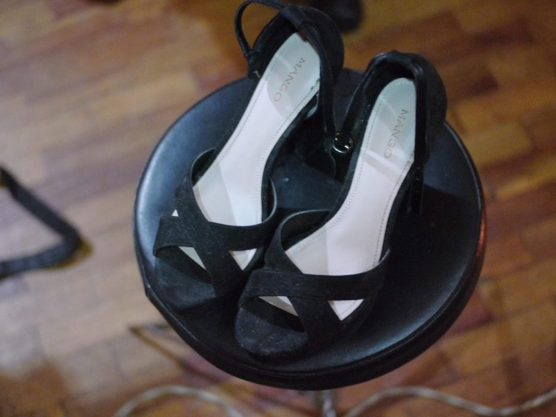 e7977f373f1 Mango Size 7 Platform Heels With Strap